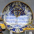 Dish with Gonzaga arms VA C2224-1910.jpg