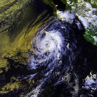 1987 Pacific hurricane season - Image: Dora 17 july 1987 2227Z