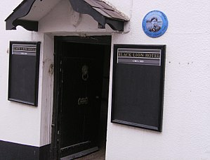 Dylan Thomas Trail - Black Lion Hotel, New Quay, on the Dylan Thomas Trail number 5.