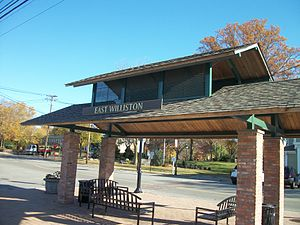East Williston LIRR Station Shelter (Close-Up).JPG