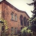 Edificio estilo clásico Sevan.jpg