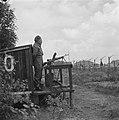 Een wachtpost met mitrailleur, Bestanddeelnr 900-3442.jpg