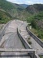 El aliviadero de la presa - panoramio.jpg