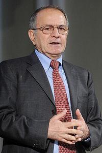 Emilio Gentile - Festival Economia 2014.JPG