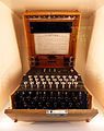 Enigma Chiffriermaschine.jpg