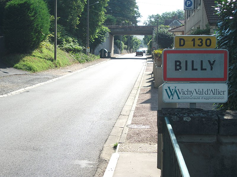 "Entrance of Billy by departmental road 130 after bridge upon Allier - Signs made in 1987 except ""Vichy Val d'Allier"" [8587]"