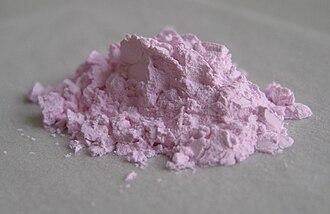 Erbium(III) oxide - Image: Er O Pulver