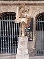 Escultura delante de la Plaza de toros de Valencia.jpg