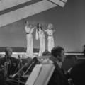 Eurovision Song Contest 1976 rehearsals - Israel - Chocolat, Menta, Mastik 16.png