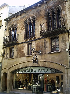 Tàrrega - Gothic façade of the Cristalleria Mateu, building that it finds to Carme's street, near the Palace of the Marquises of the Floresta, in Tàrrega.