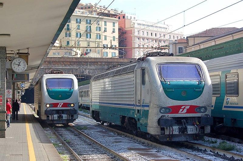 Trem em Gênova