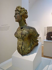 Female figurehead M27185