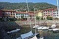 Ferienwohnanlage mit kleinem Yachthafen.jpg