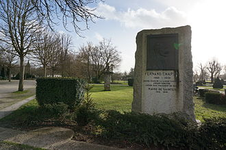 Fernand Chapsal - Monument to Chapsal in the public garden in Saintes