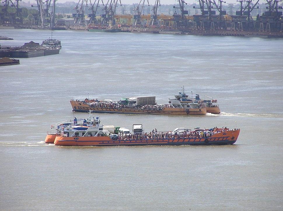 FerryDanubeGalati20060716