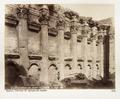 Fotografi på romerska tempelruiner i Balbek - Hallwylska museet - 104284.tif