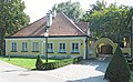 Frauenhofen ehem-Volksschule 1452-57.JPG