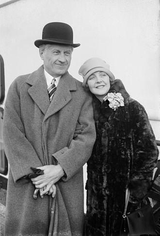Enid Bennett - Bennett with husband Fred Niblo in 1926