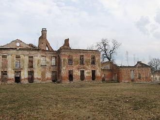 Gładysze - Palace ruins