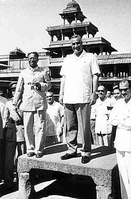 Gamal Abdel Nasser on a tour of India, 1960 (08)