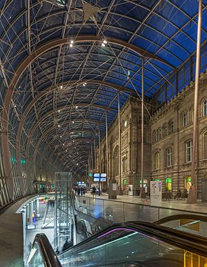 Strasbourg Station - Original facade under the modern canopy built in 2007
