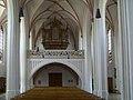 Geisenhausen Sankt Martin Langhaus mit Orgelempore.jpg