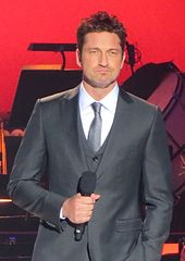 How tall is gerard butler