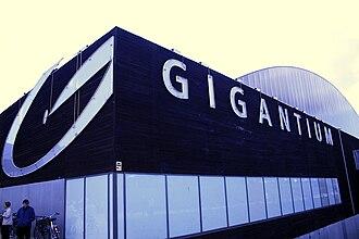 Gigantium - Image: Gigantium Front