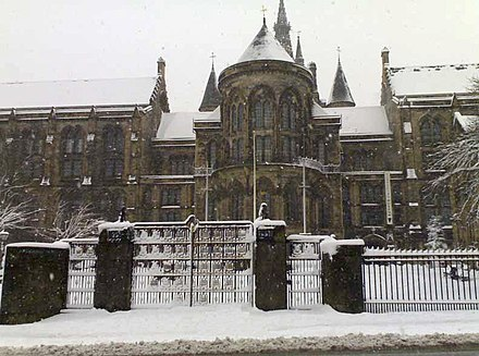 The main campus, from University Avenue Glasgow university with sno.jpg
