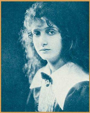 Gloria Hope - Publicity photo of Hope from Who's Who on the Screen  (1920)