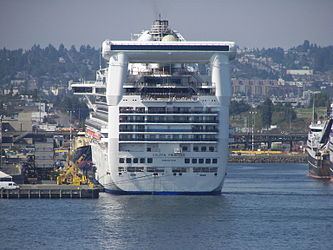 Golden Princess from Elliott Bay 3.jpg