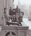 Goltsteinstraße Balkon Nr. 22 Fam. Matthes, Balkon Nr. 23 Fam. Sohn u. Rethel.jpg
