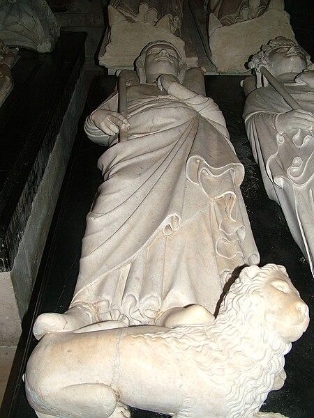Lieux de naissance et de mort des Rois de France 450px-Grab_Philipp_III