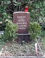 Grab Robert Biberti, Friedhof Wilmersdorf.jpg