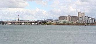 Port of Geelong - The Bulk Grain Pier and grain elevator at North Geelong