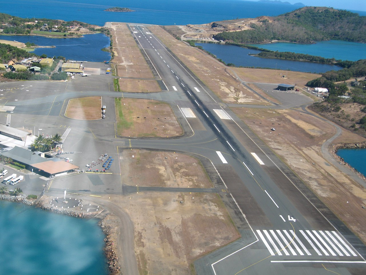 How Long Is Lizaed Island Airport