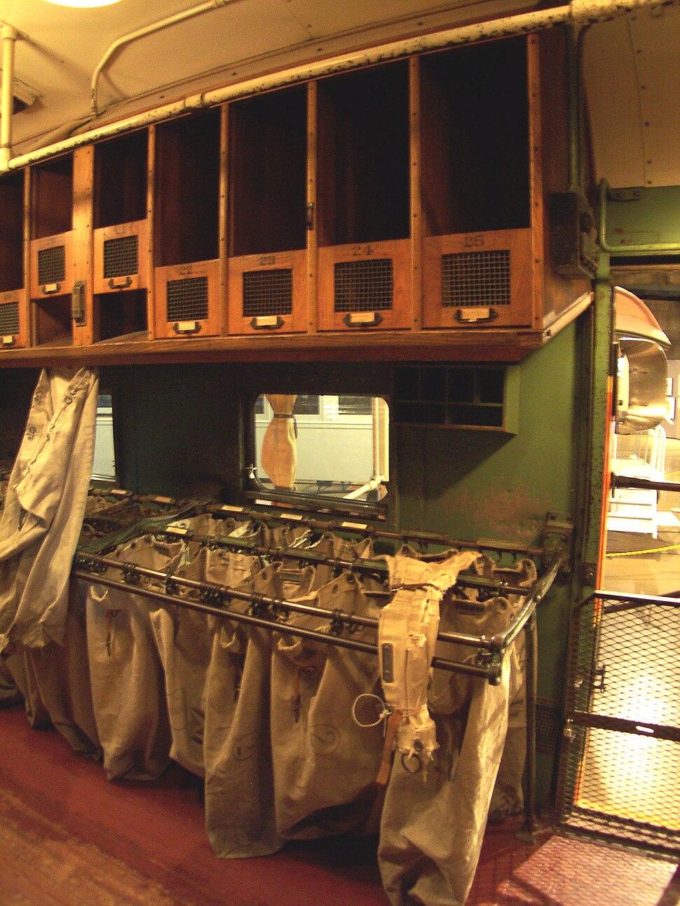 Great Northern RPO No 42 interior