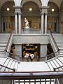 Great Staircase - Art Institute of Chicago - panoramio.jpg