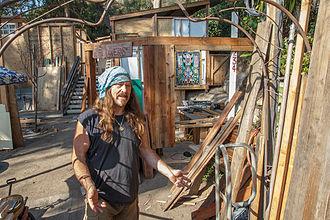 Sawdust Art Festival - Sawdust booth construction