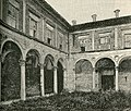 Gubbio cortile del Palazzo Ducale.jpg