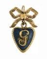 Hängsmycke i form av ett hjärta av guld med emalj, 1772 - Hallwylska museet - 110344.tif