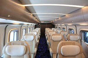 H5 Series Shinkansen - Image: H5・H514 3
