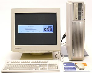 Common Desktop Environment - HP 9000 C360 displaying the CDE login manager, dtlogin