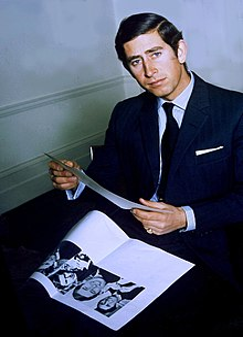 Ritratto del principe Carlo del Galles nel 1974.
