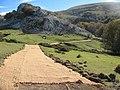 Haciendo el camino. Hayedo de Eguiriñao - panoramio.jpg