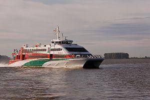 Halunder Jet (ship, 2003) 2011-by-RaBoe-21.jpg