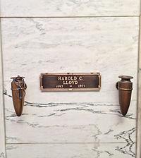 Harold Lloyd Grave.JPG