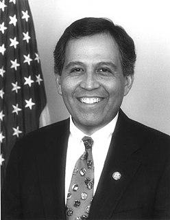 Henry Bonilla American politician