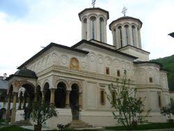 Horezu church.jpg