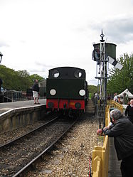 Hunslet Austerity 0-6-0ST No.WD198 Royal Engineer at Havenstreet (3499905221).jpg